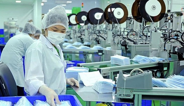 Có nên sản xuất thiết bị y tế hay không